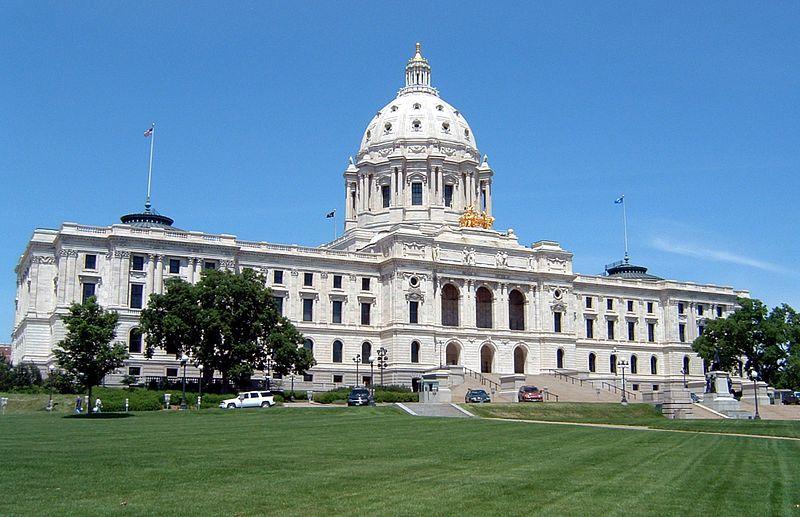 800px-Minnesota_State_Capitol